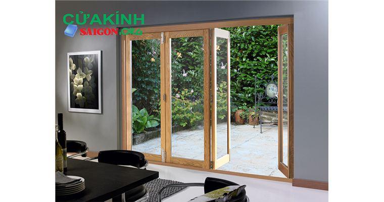 Cửa kính cường lực giả gỗ tiện nghi cho mọi không gian nội thất