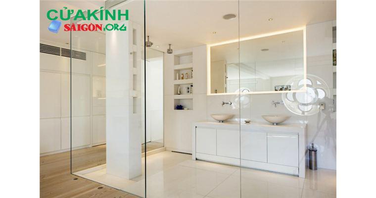 Cửa kính ngăn phòng đem lại sự tiện nghi cho căn nhà bạn