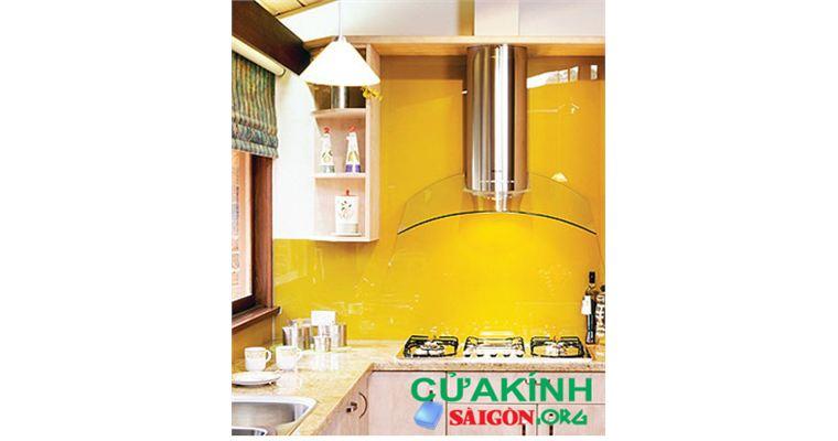 09 Mẫu kính ốp bếp màu vàng cam chanh được yêu thích nhất