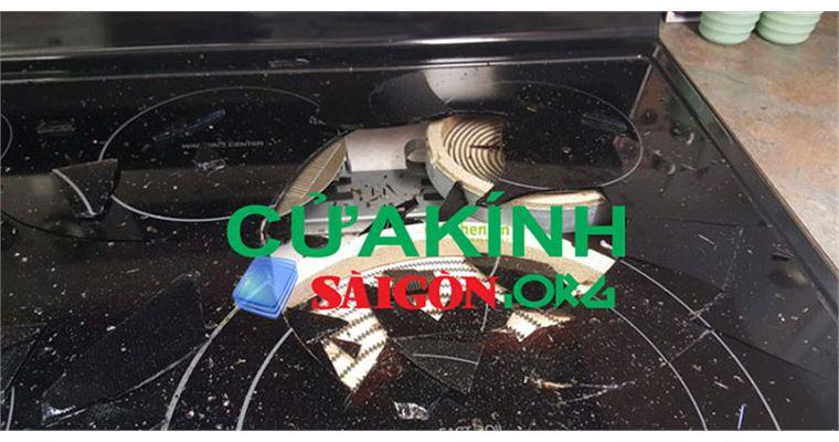 Cách xử lí trường hợp mặt kính bếp bị vỡ