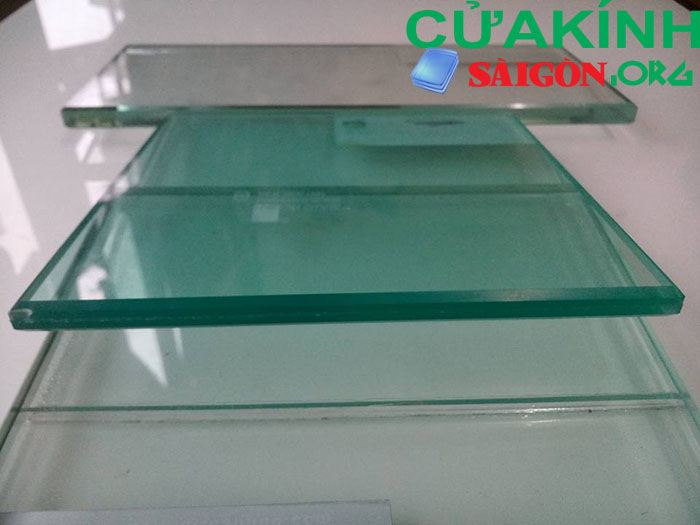 Mẫu kính cường lực 12 mm (12 ly)